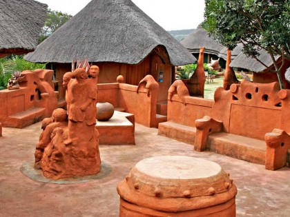 Leshiba Wilderness Venda Village Courtyard (hi-res image)