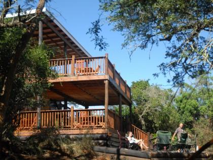 Umkhumbi Lodge lapa (hi-res image)