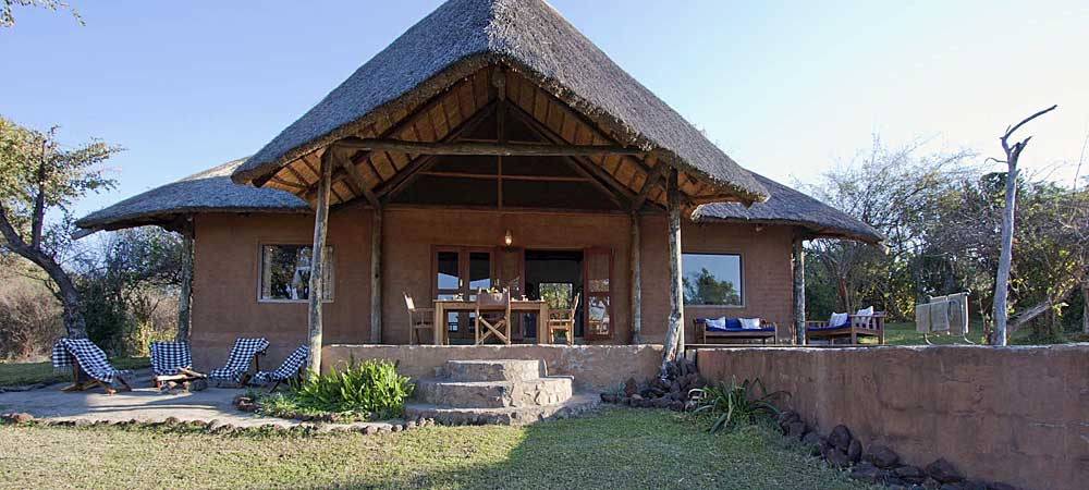 Chundukwa River Lodge Private Cottage Upper Zambezi Zambia